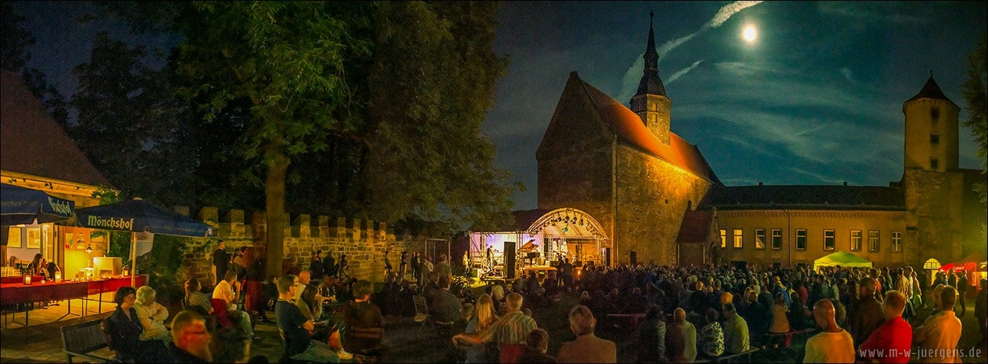 Paul Millns Band, Ingo Rau, Vladi Kempf, Butch Coulter, Manfred W. Juergens, Castle Goseck, Full Moon over Goseck